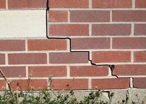 a foundation wall crack on a Lansing home.